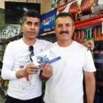 توزیع بروشور گردشگری سانا پرواز  کورد در میان بازاریان و کسبه شهر سلیمانی