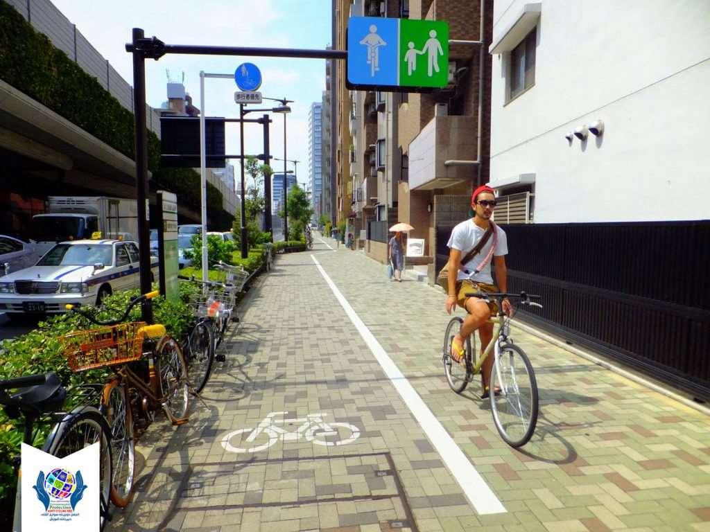معابر پیاده مسیر مشترک دوچرخه و پیاده